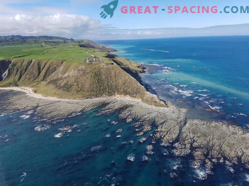 Un cohete con pequeños satélites llega al primer lanzamiento en Nueva Zelanda