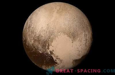 Pluto es un objeto muy diferente al satélite de Neptune Triton