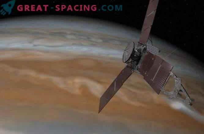 Problemas del motor de Juno en la órbita de Júpiter