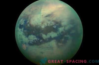 Titán apareció en nuevas imágenes de Cassini