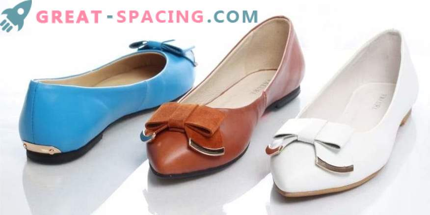 Elegir zapatos para lazos de mujeres