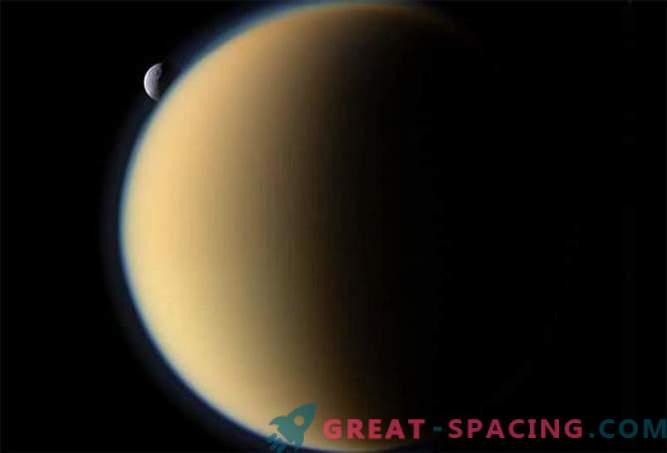 La sonda espacial Cassini realizará un vuelo final de dos lunas de hielo de Saturno