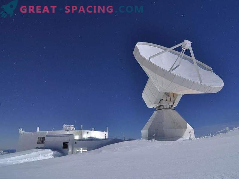 Los astrónomos buscan fotografiar un agujero negro
