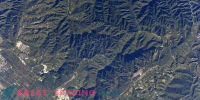 ¡La Gran Muralla China es visible desde el espacio! O no?