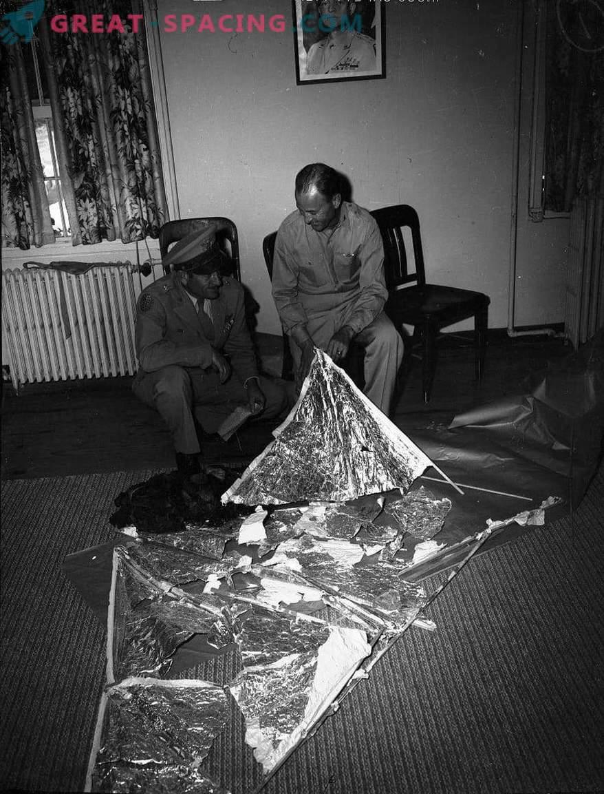 Incidente de Roswell - 1947 Los ufólogos están seguros de que los militares ocultaron la nave alienígena destrozada