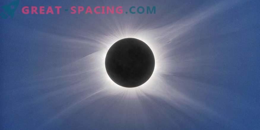 Posible forma de la corona solar para un eclipse en agosto