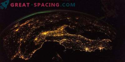 An amazing view from the ISS to the night Earth