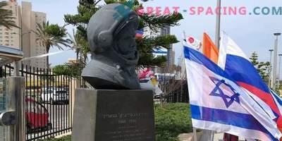 Un monumento a Yuri Gagarin erigido en Israel