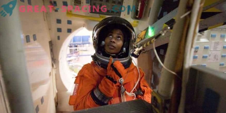 La astronauta Stephanie Wilson se prepara para el espacio