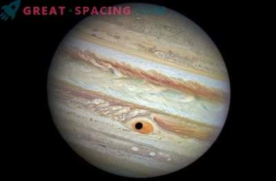 El satélite de Júpiter obstruyó la Gran Mancha Roja