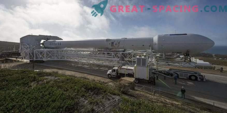 Falcon 9 está listo para iniciar