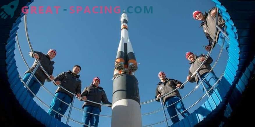 Los astronautas de la NASA continuarán usando misiles rusos