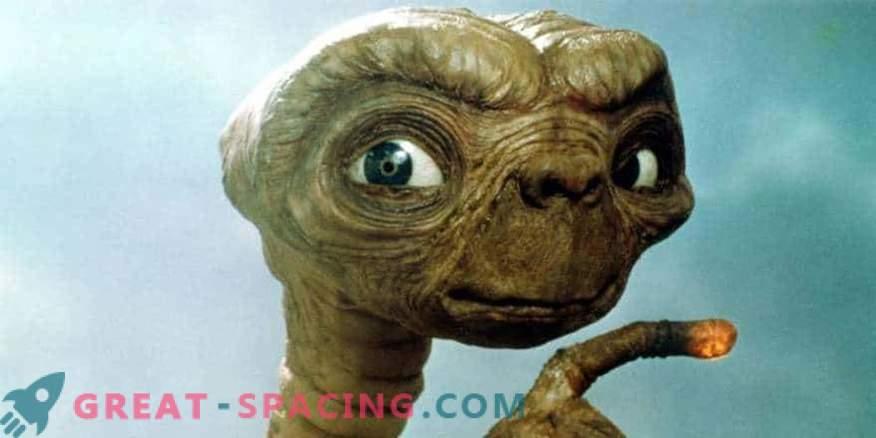Llama a los alienígenas! Los alienígenas pueden usar estrellas para comunicarse