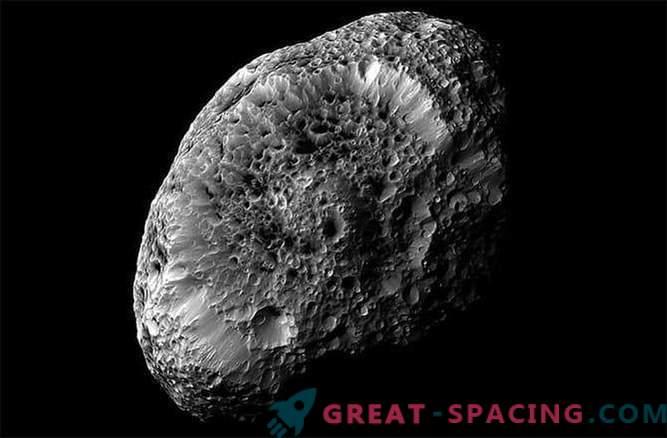 La sonda de Cassini recibirá la última foto del extraño satélite esponjoso de Saturno