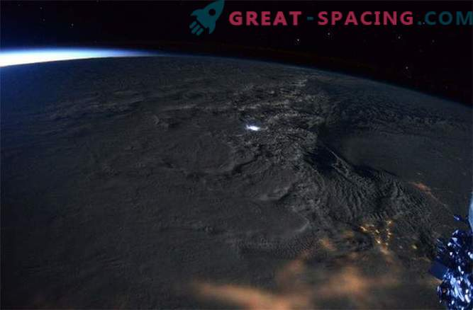Los astronautas capturaron vistas impresionantes de la tormenta de nieve que se desató en la costa este de los EE. UU.