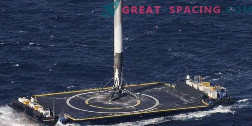 El regreso exitoso de un cohete SpaceX después de un lanzamiento militar