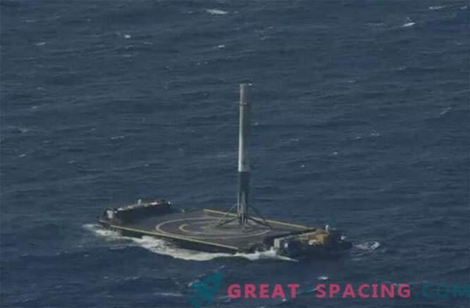 ¡Éxito! El cohete SpaceX Falcon 9 logró aterrizar en el océano