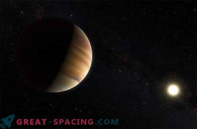 El exoplaneta se descubrió por primera vez debido a la luz reflejada en él