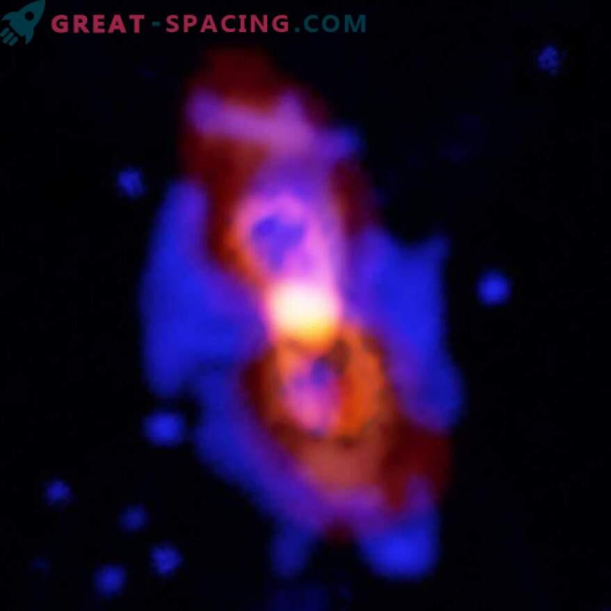Un par de estrellas en colisión libera en el espacio las moléculas